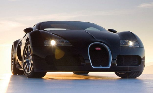 See How Bugatti Assembles the Mighty Veyron's W-16 Engine