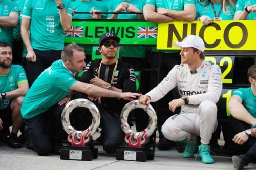 Hamilton tells Rosberg to race him
