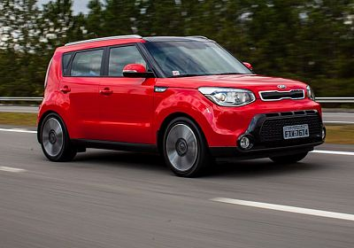 2015 Kia Soul Base 2.0 L., 150 hp, 6 speed, Automatic, FWD
