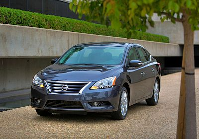 2015 Nissan Sentra SV 1.6 L., 117 hp, 6 speed, Automatic, FWD